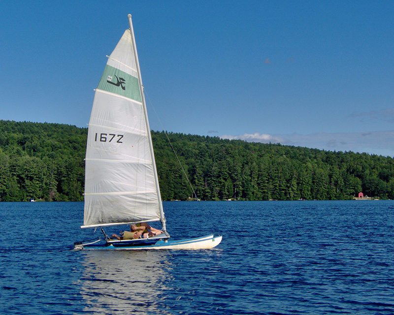 nh lakes sailing boats